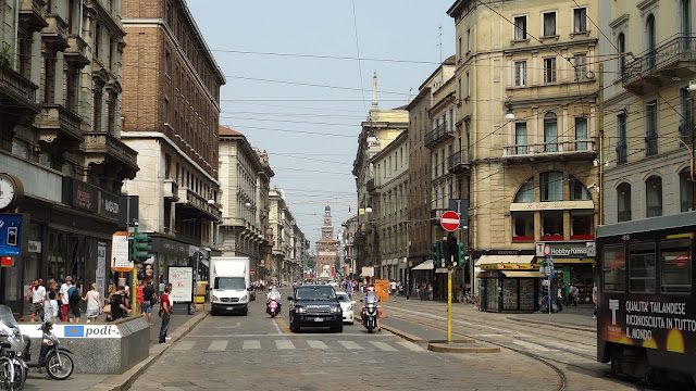 Milano: via orefici e via dante