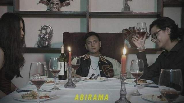 Abirama - Somewhere I Belong dan Terjemahan