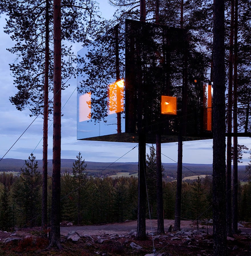 Mirrorcube Tree House Hotel In Sweden