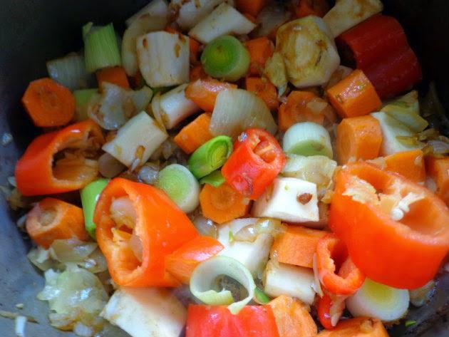 Hunter style beef by Laka kuharica: add carrots, parsley and celery root, kohlrabi