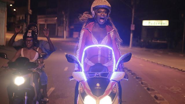 """""""CORPO ELÉTRICO"""" É O FILME DE ABERTURA DO FESTIVAL DE CINEMA LATINO-AMERICANO DE SP"""