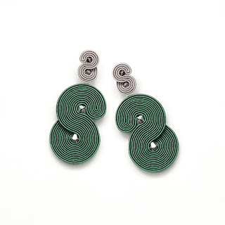 forest-green-earrings-modern