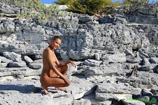 2Clovers.com Katya Clover Sirena Beach Morning Walk Photo Set