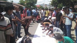 Ratusan Simpatisan Partai Aceh Abdya Tolak Erwanto