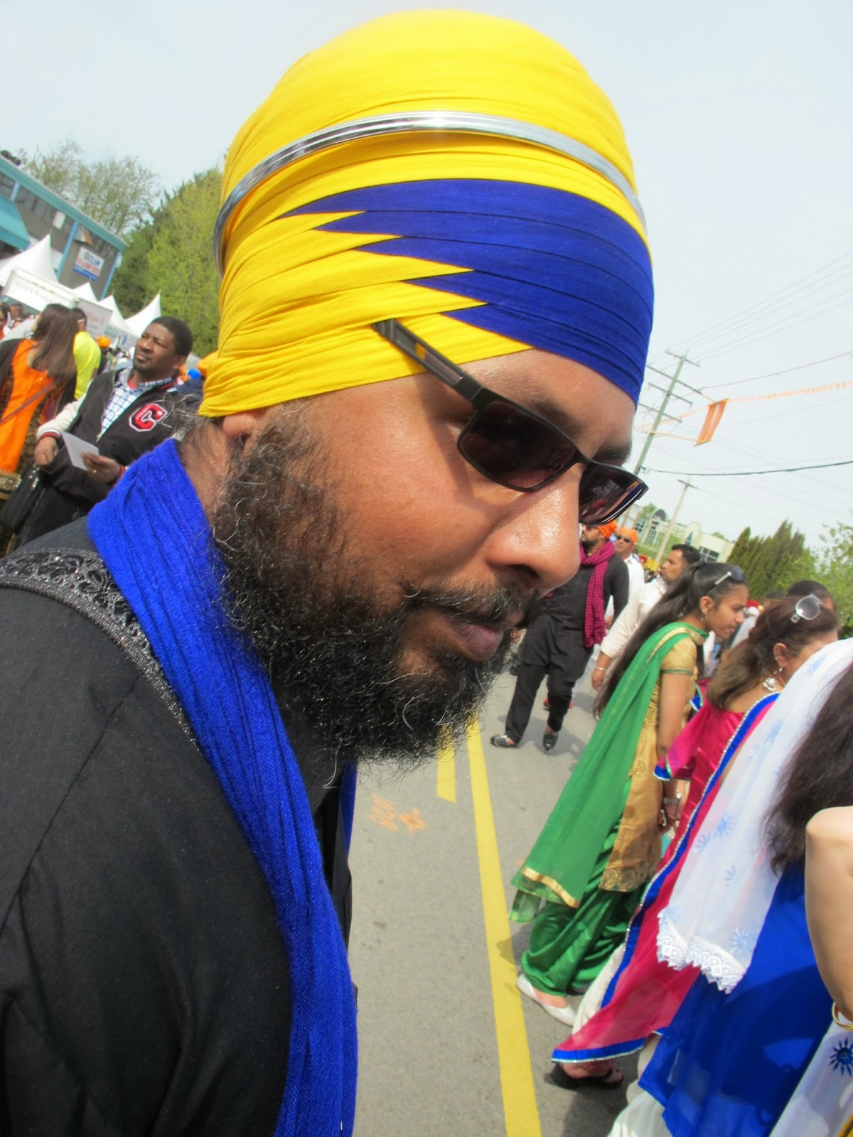 a6cff74457a See http   indiatoday.intoday.in story sikhs-punjab-pagris-dastaar-pagri- turban-karan-singh-chhabra 1 201561.html. Some styles are called dhamalla  or ...