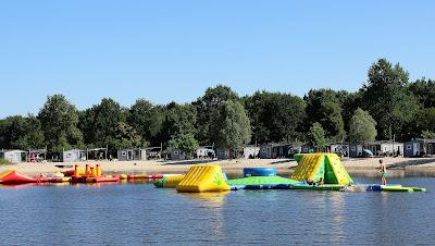 Aquapark tijden een strandvakantie in Nederland