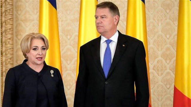 Romania's President Klaus Iohannis calls on Prime Minister Viorica Dancila to resign over 'absurd secrecy' around Isreal visit