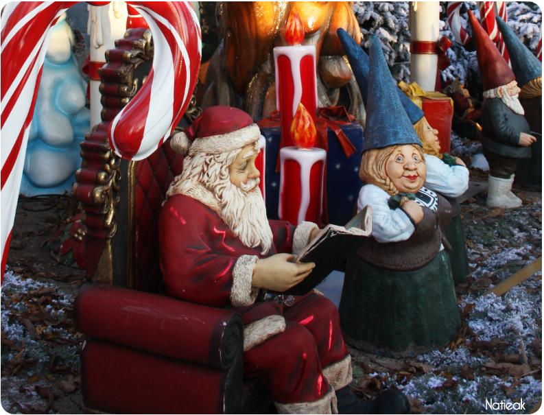 Le père Noël au marché de Noel