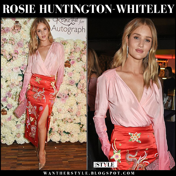 Rosie Huntington-Whiteley in pink wrap top, red printed skirt attico envers and gold pumps at Rosie for Autograph party red carpet outfit october 2017