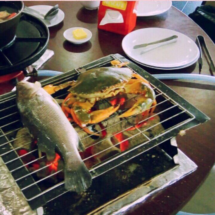 Cari Kelainan Sikit Dari Duk Makan Steamboat Grill Yg Biasa Tu