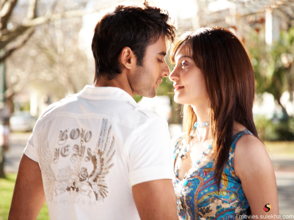Cute Couple Wallpapers: A Short Beautiful Love Story