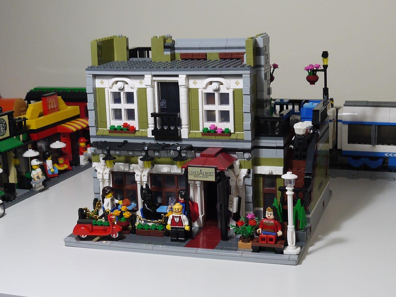 Its Not Lego Lepin 15010 Parisian Restaurant Modular Set Review