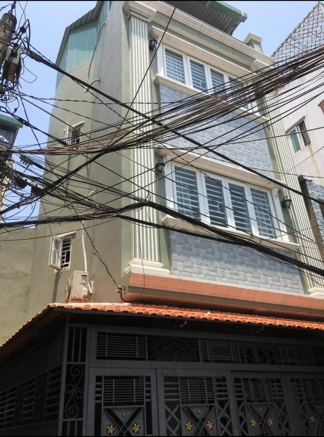 Bán nhà hẻm 243 Hoàng Diệu phường 4 Quận 4. DT 5,1x5,6m