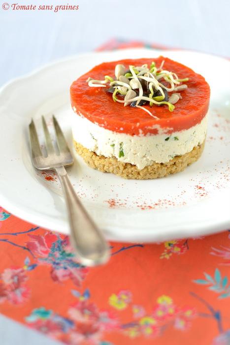 Cheesecake salé végétalien noix de cajou et poivron rouge