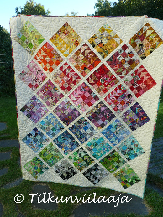 Geese Migration Quilt made by Tilkunviilaaja, The Pattern designed by Cynthia Brunz of Quilting Is More Fun Than Housework