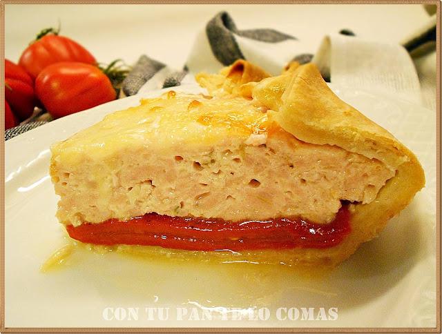 Pastel de carne, queso y piquillos