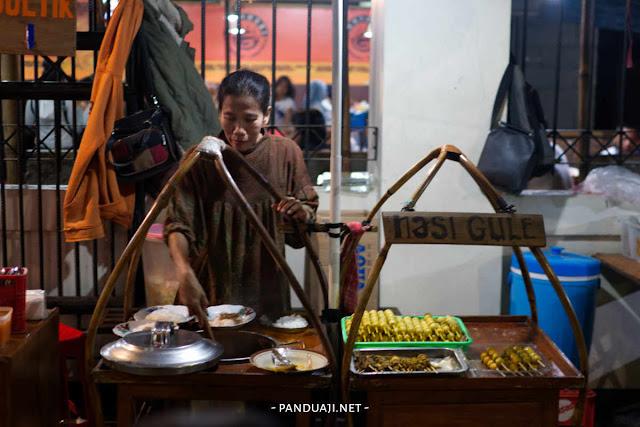 warung gultik blok M Jakarta