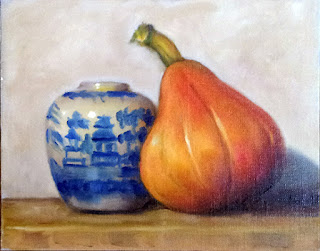 Oil painting of a Willow Pattern vase beside a pear-shaped pumpkin.