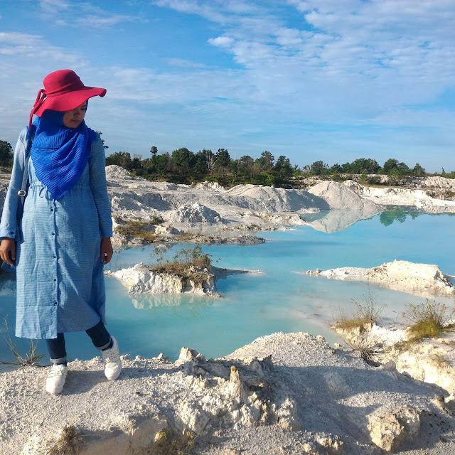 foto danau kaolin bangka belitung