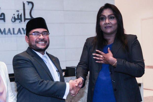 Menteri Agama Datuk Dr Mujahid Kemaruk Kasih Sayang