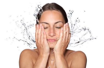 L'effet bénéfique d'une douche froide sur le corps