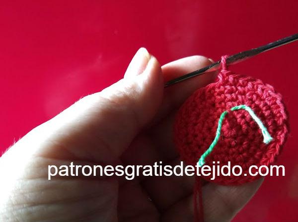 como-tejer-maceta-para-cactus-crochet