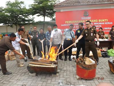 Kejari Kabupaten Kediri Musnahkan Ribuan Narkoba Sitaan