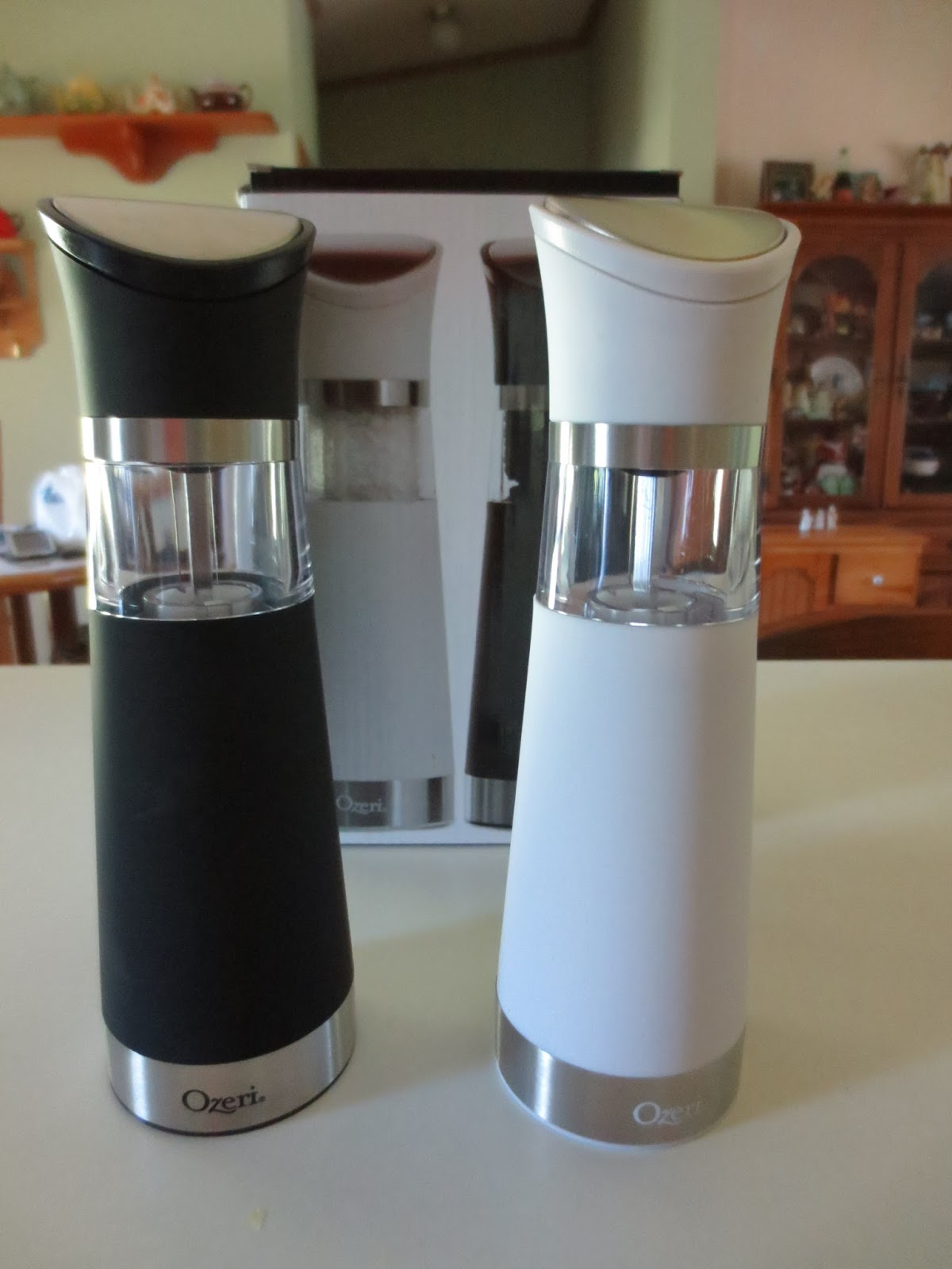 Unique Salt And Pepper Grinders Gloria 39s Bits And Pieces Gravity Pro Bpa Free Electric