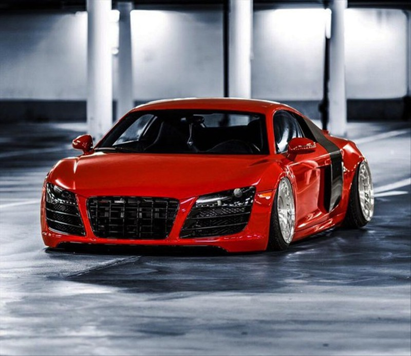 Audi R8 V12 TDI, more question to produce this superb car greener