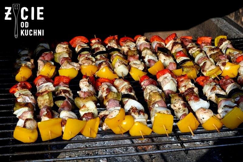 szaszlyki, grillujemy, danie z grilla, pomysly na grill, wiosna, majowka, weekend, dlugi weekend, blog, zycie od kuchni