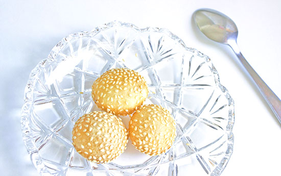 Chinese food - Chinese sweet sesame seed balls