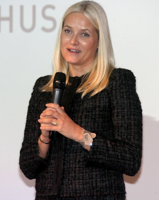 Crown Princess Mette-Marit of Norway attends 'Girls And Technology' (Jenter og teknologi) Conference