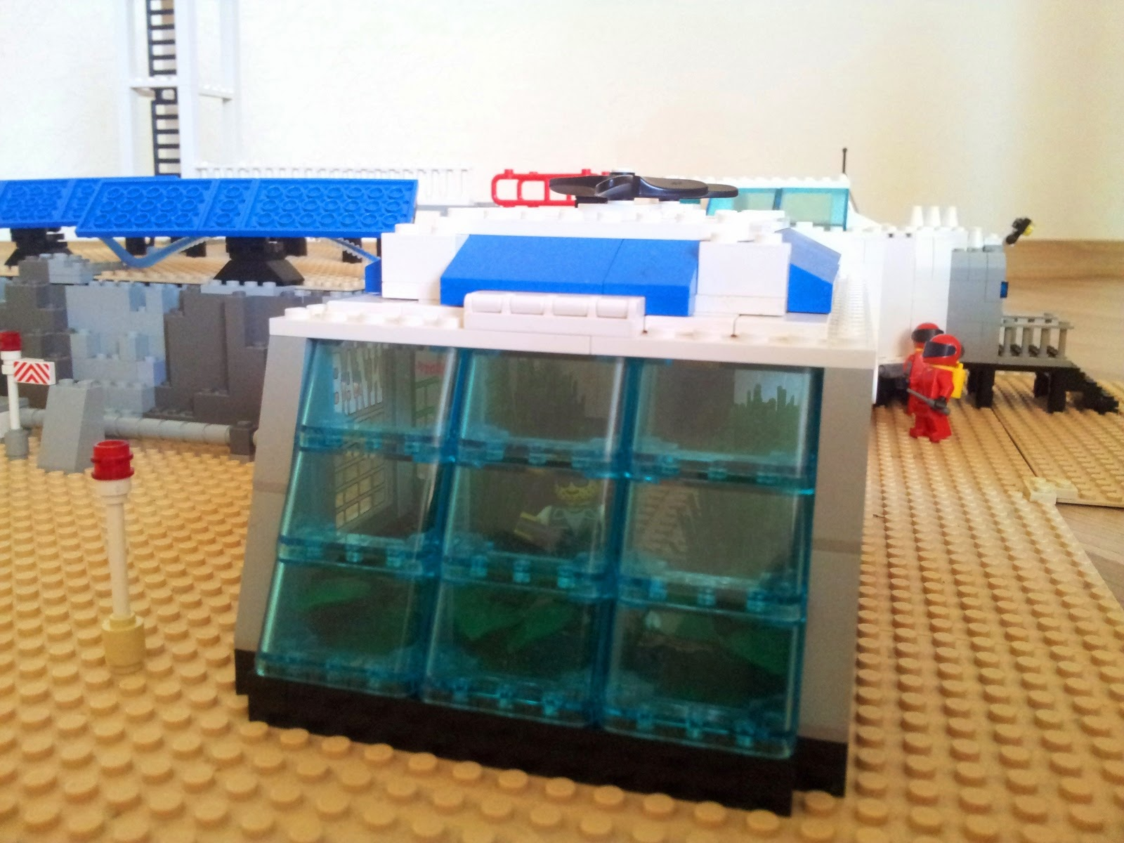 LEGO Mars base greenhouse