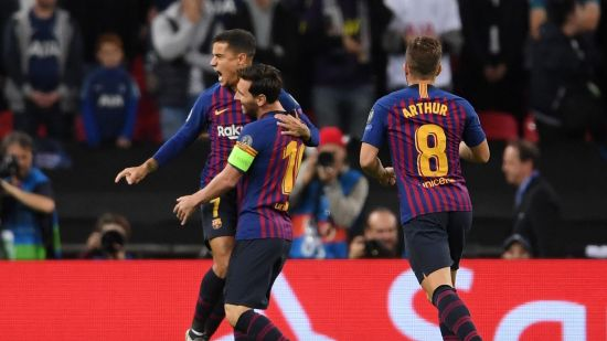 Messi, Coutinho Celebrate Barcelona goals