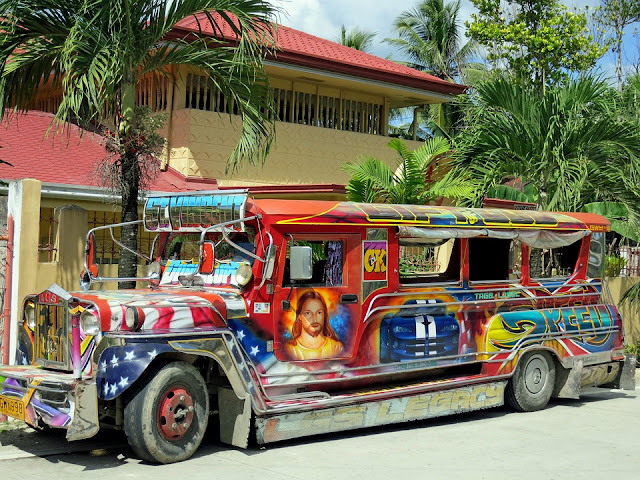 Jeepney.Cities in the Philippines