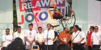 Jokowi Minta Relawan Sentuh Masyarakat di 74 Ribu Desa