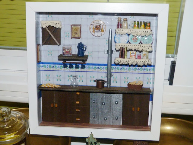 cuadro-escena-cocina-miniatura