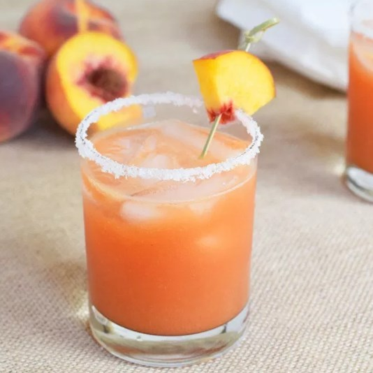 Fresh Peach Margaritas #drink #summer