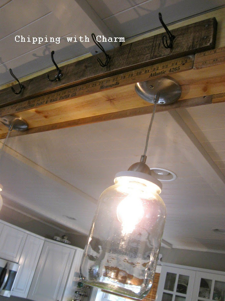 Chipping with Charm: Pickle Jar Pendant Light...http://www.chippingwithcharm.blogspot.com/