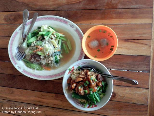 Enjoying Chinese noodle soup in Ubud