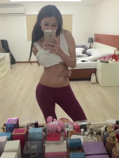 alyssa lagahino sexy mirror selfie pics 02