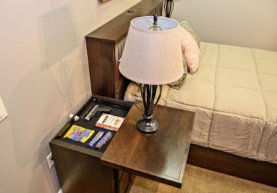 hidden storage di ruang tidur