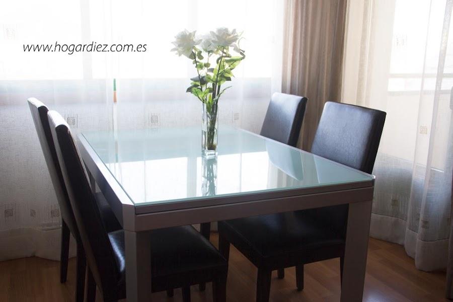Mesa de mi salón comedor