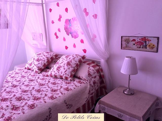 Camere A Righe : De petits coins: parete a righe: una boiserie shabby e romantica