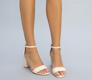 sandale simple bej de zi cu toc gros ieftine si frumoase