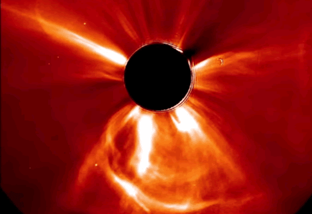 90 Miles From Tyranny : How a solar storm two years ago ...