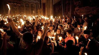 Велика събота е, посрещаме Благодатния огън