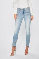 jeansi-de-firma-pentru-femei-4
