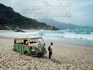 http://caraeditpoto2.blogspot.com/2016/11/tutorial-edit-poto-manipulasi-miniatur.html