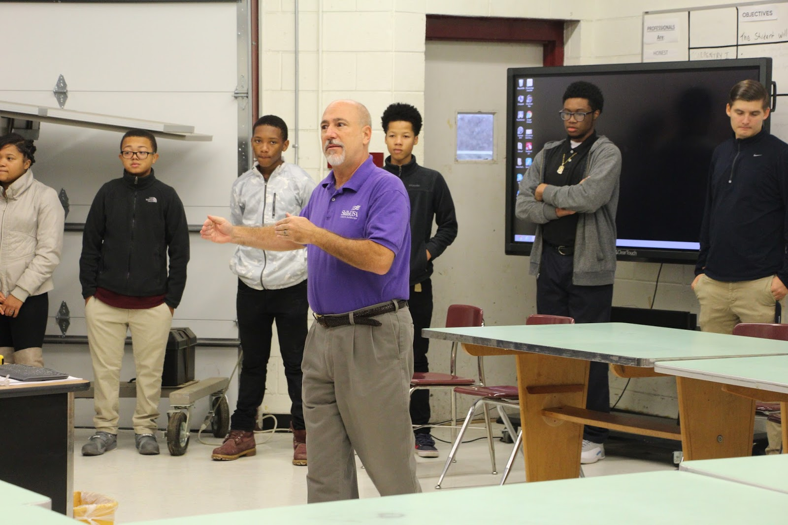 Warren Career Tech News!: Skills USA Visits WCHS